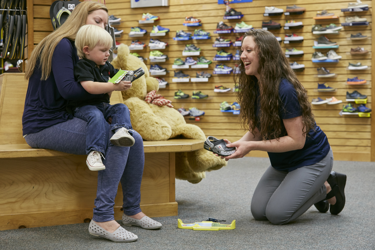 Reds Dover childrens shoe fitting