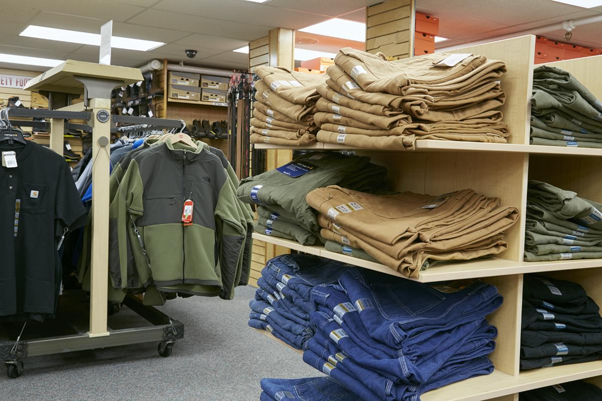 Reds Dover mens apparel