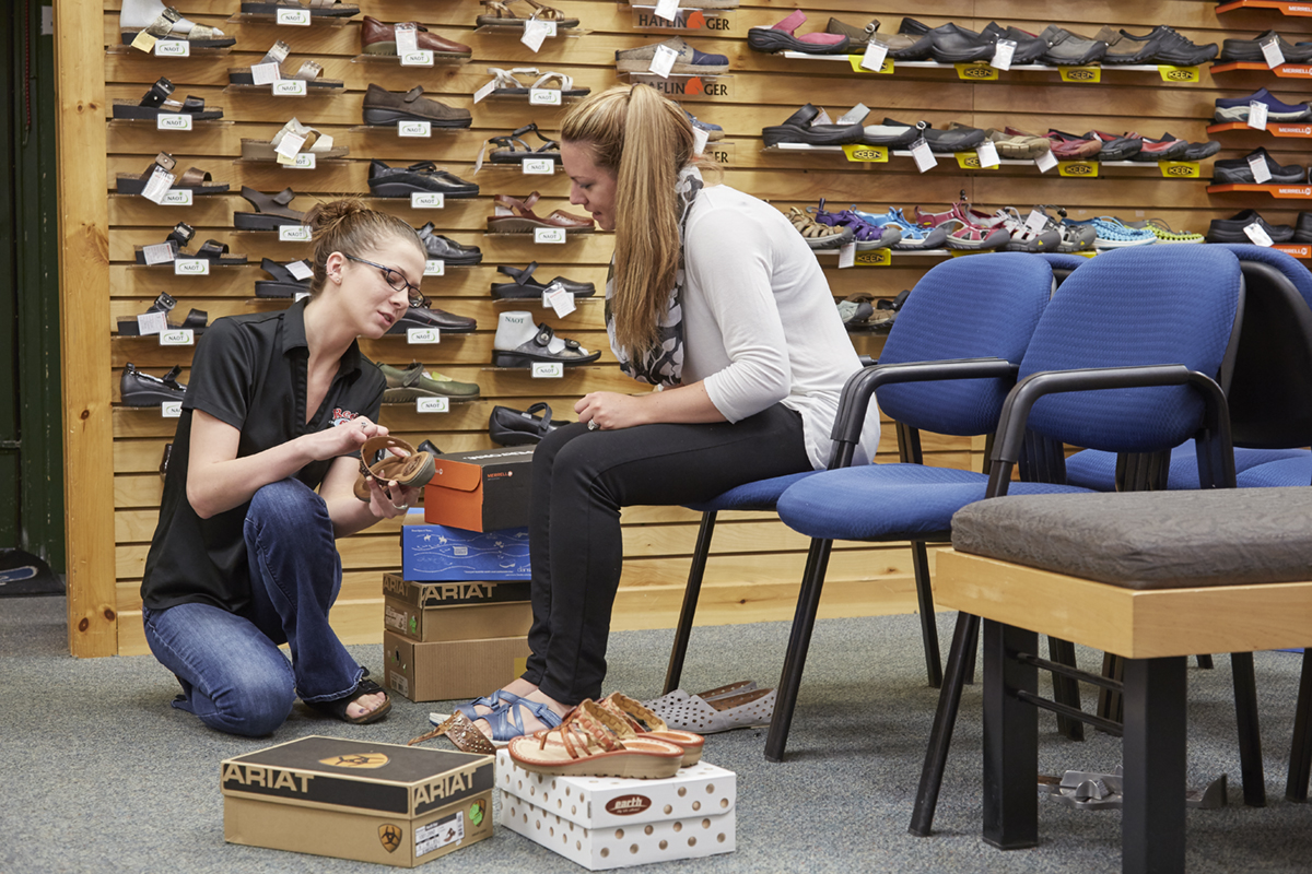 Reds Dover womens shoe fitting